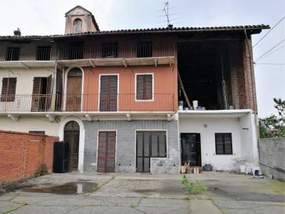 Casa semindipendente in Vendita a Vische