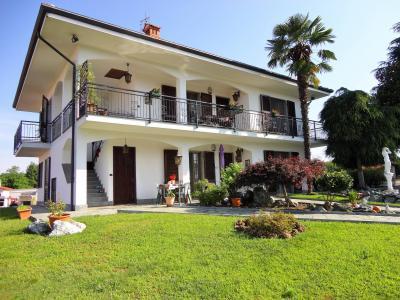 Villa in Vendita a Mazzè