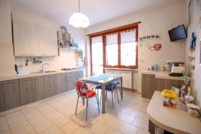 appartamento con terrazzo in Vendita a Volpiano