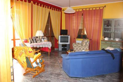 appartamento con terrazzo in Vendita a Castiglione Torinese