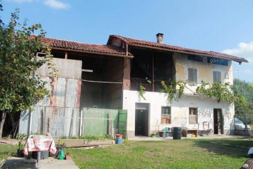 Rustici / cascine / case in Vendita a Leinì