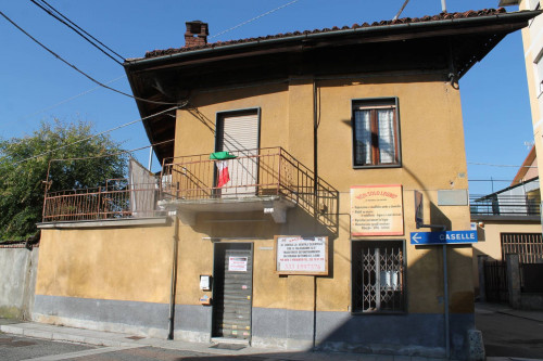 Entrer chambres maximum Location au Leinì