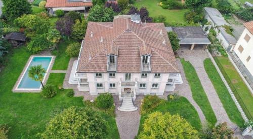 Villa in Vendita a Caluso