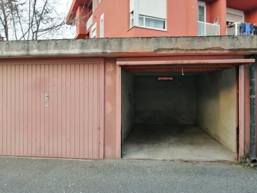 Box in Affitto/Vendita a Caluso