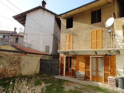 for Sale to Candia Canavese