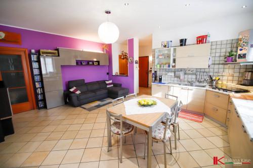 appartamento con terrazzo in Vendita a Leinì