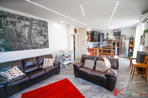 Entrer chambres maximum Vente au Leinì