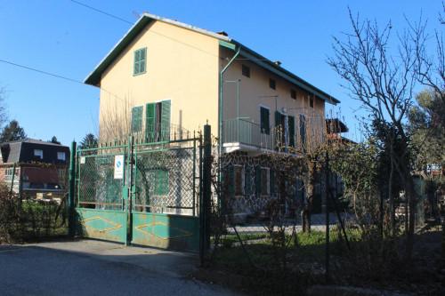 Casa indipendente in Vendita a Gassino Torinese