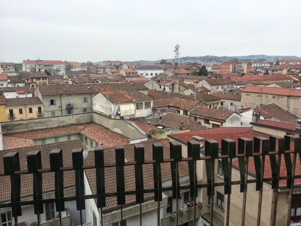 Appartamento in affitto a Casale Monferrato, 4 locali, prezzo € 340 | CambioCasa.it