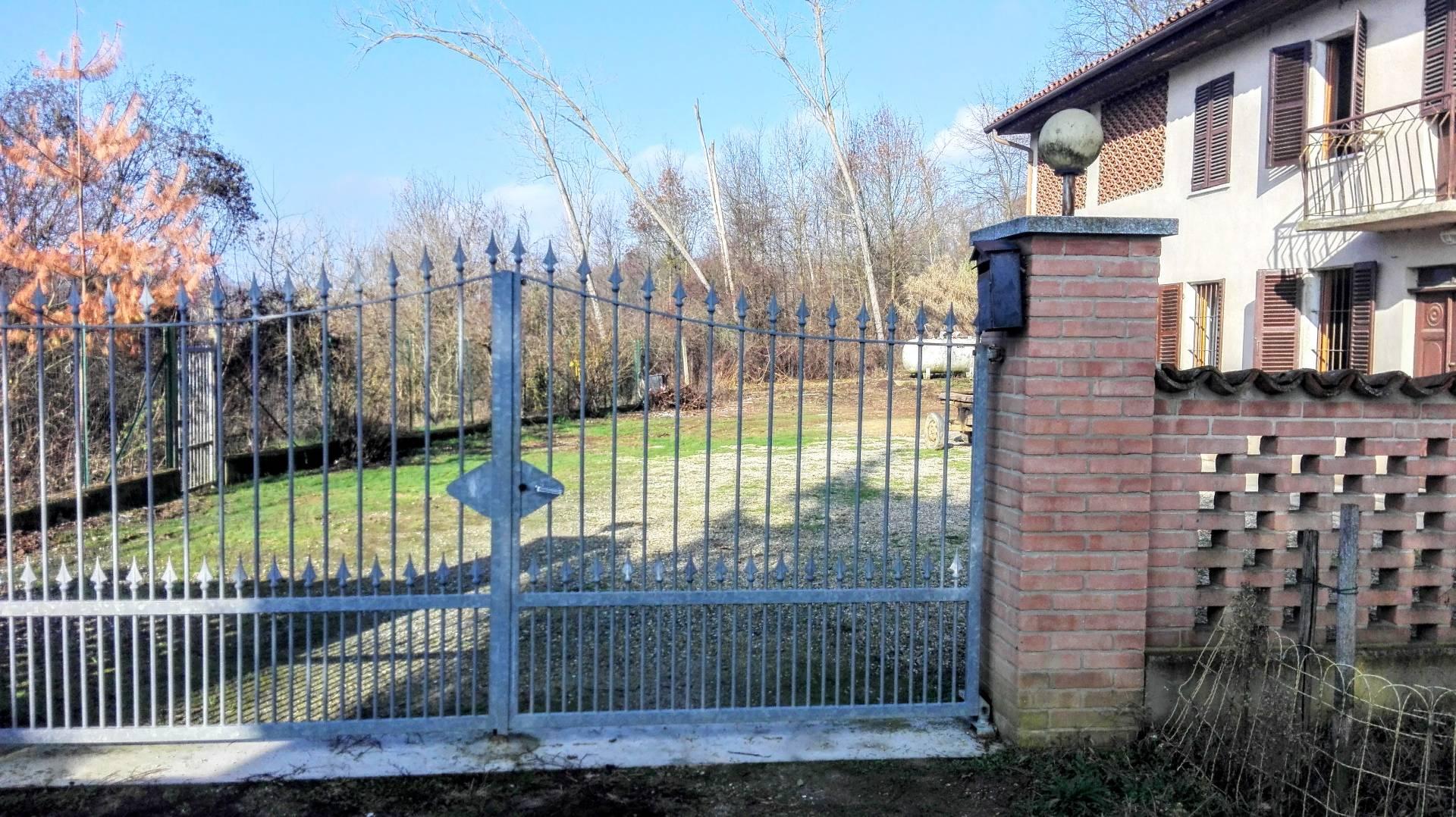Soluzione Indipendente in affitto a Asti, 4 locali, prezzo € 400 | Cambio Casa.it