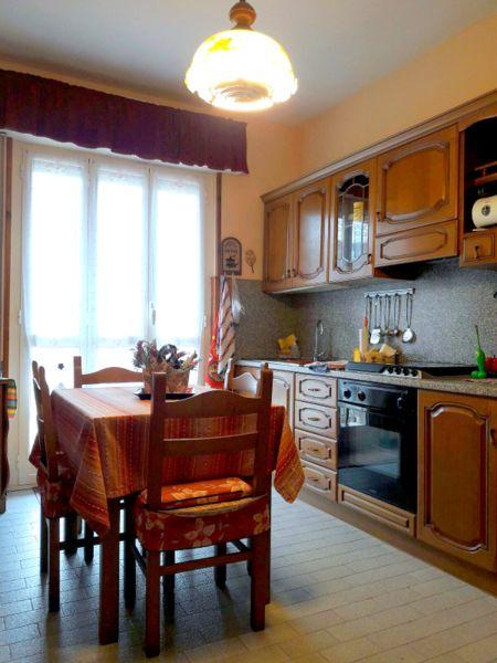Appartamento in affitto a Borgio Verezzi, 2 locali, zona Zona: Borgio, prezzo € 1.500 | Cambio Casa.it