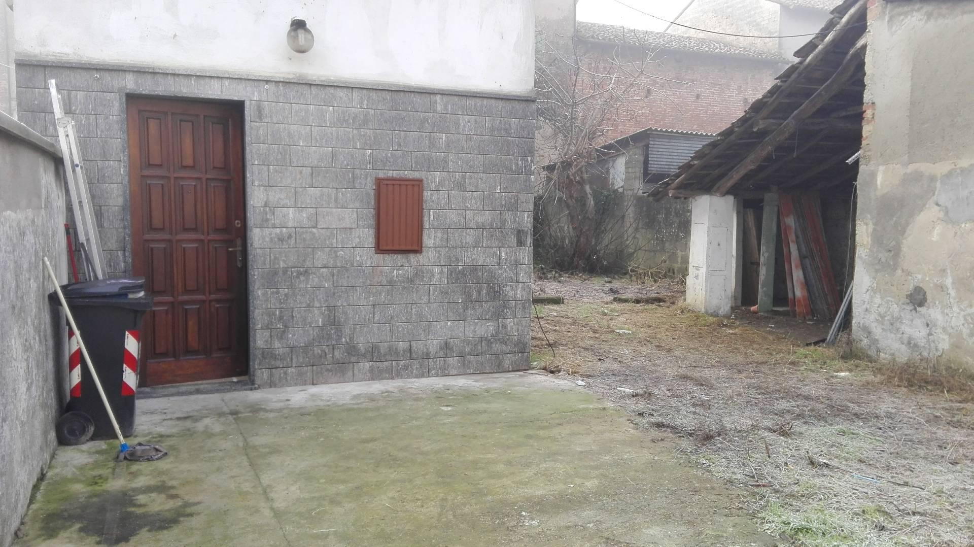 Soluzione Semindipendente in affitto a Frassineto Po, 2 locali, prezzo € 250   Cambio Casa.it