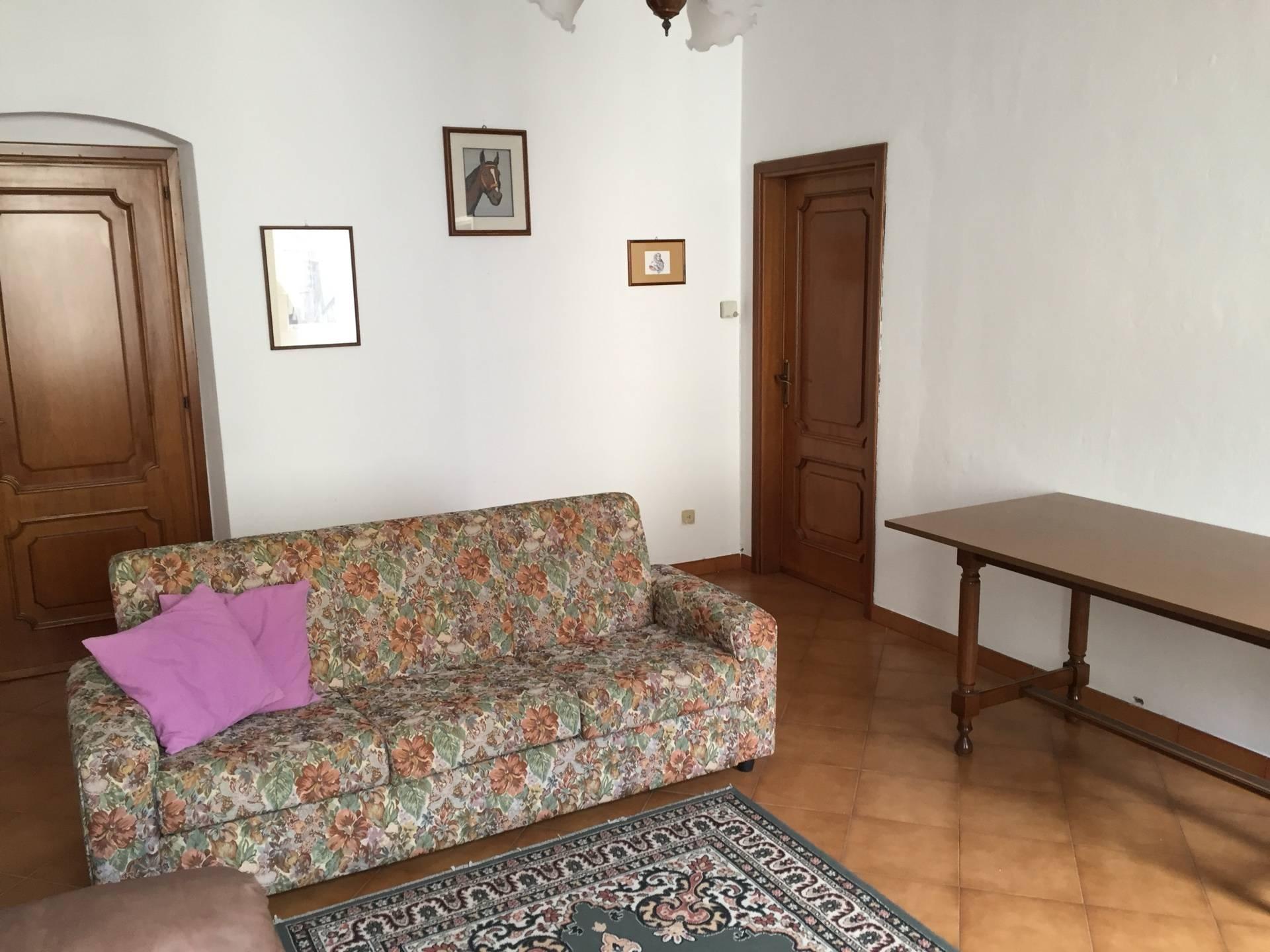 Appartamento in affitto a Borgio Verezzi, 5 locali, prezzo € 650 | CambioCasa.it