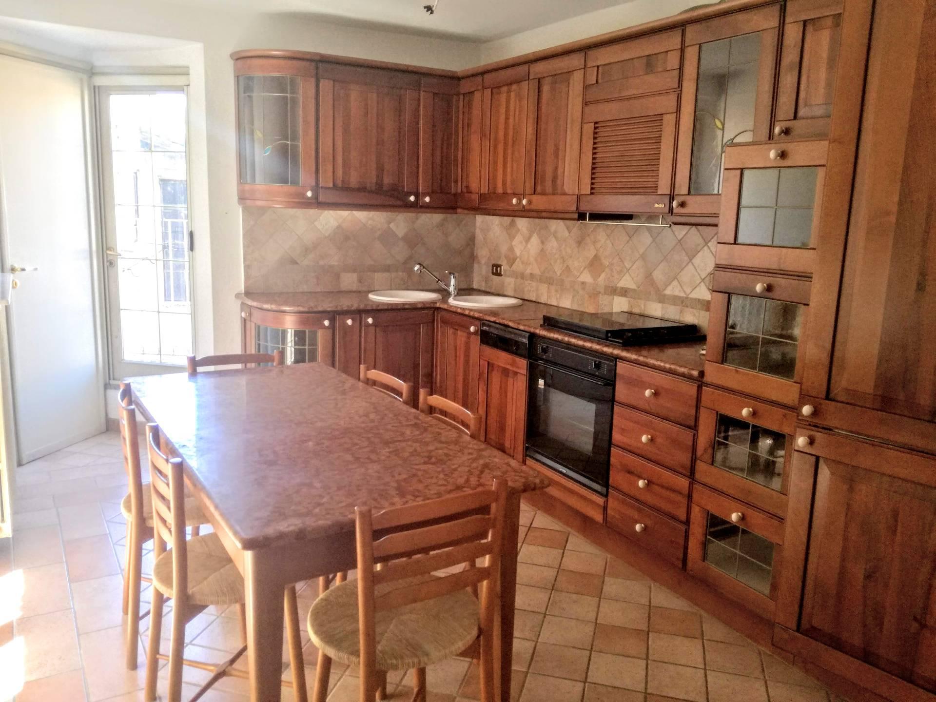 Appartamento in affitto a Casale Monferrato, 4 locali, prezzo € 500 | CambioCasa.it