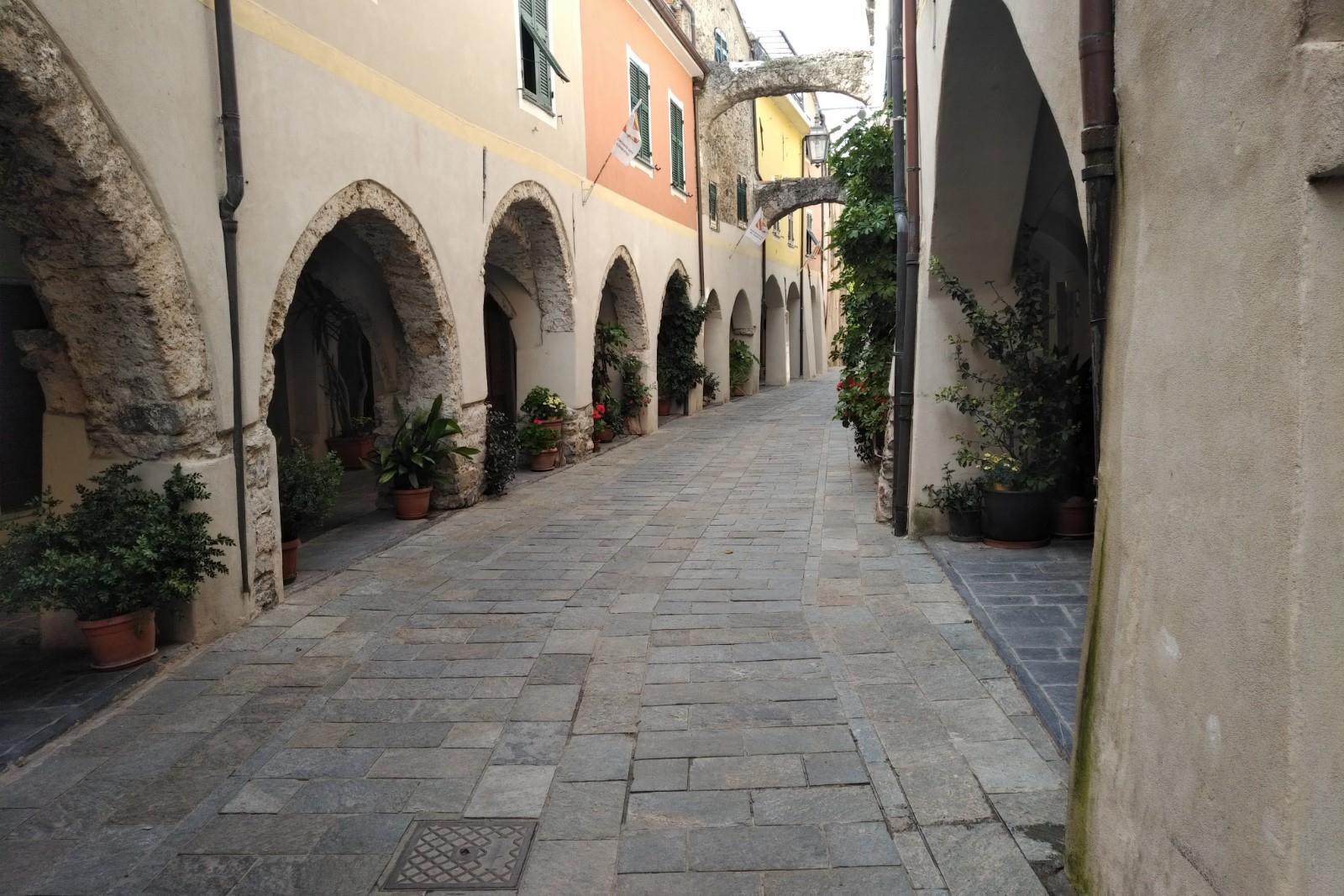 APPARTAMENTO in Affitto a Zuccarello (SAVONA)