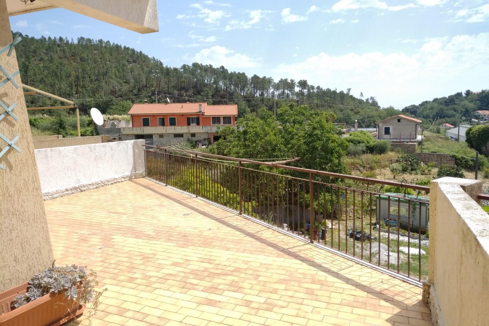 APPARTAMENTO in Affitto a Cisano Sul Neva (SAVONA)