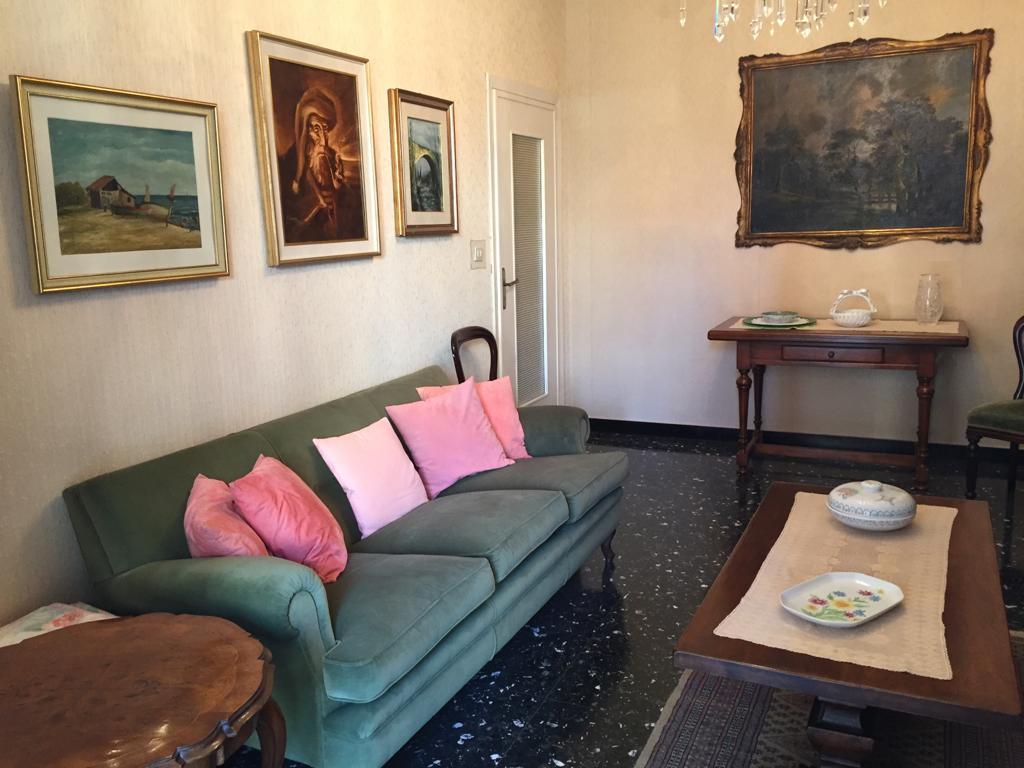 Appartamento in affitto a Alassio, 4 locali, Trattative riservate | CambioCasa.it