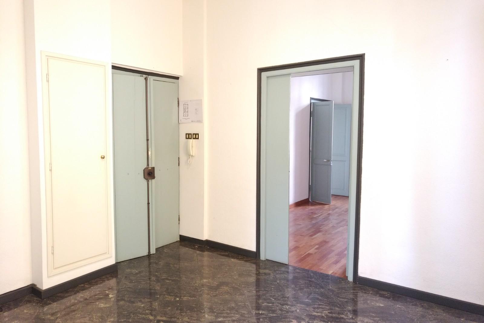 UFFICIO in Affitto a Albenga (SAVONA)