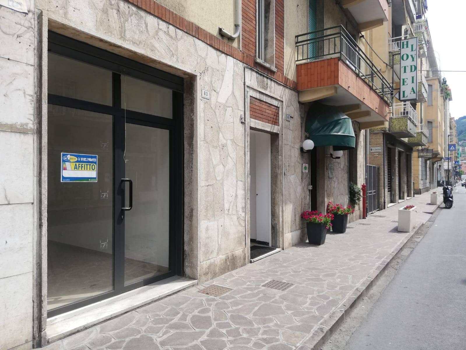 Attività / Licenza in affitto a Alassio, 9999 locali, prezzo € 350   CambioCasa.it