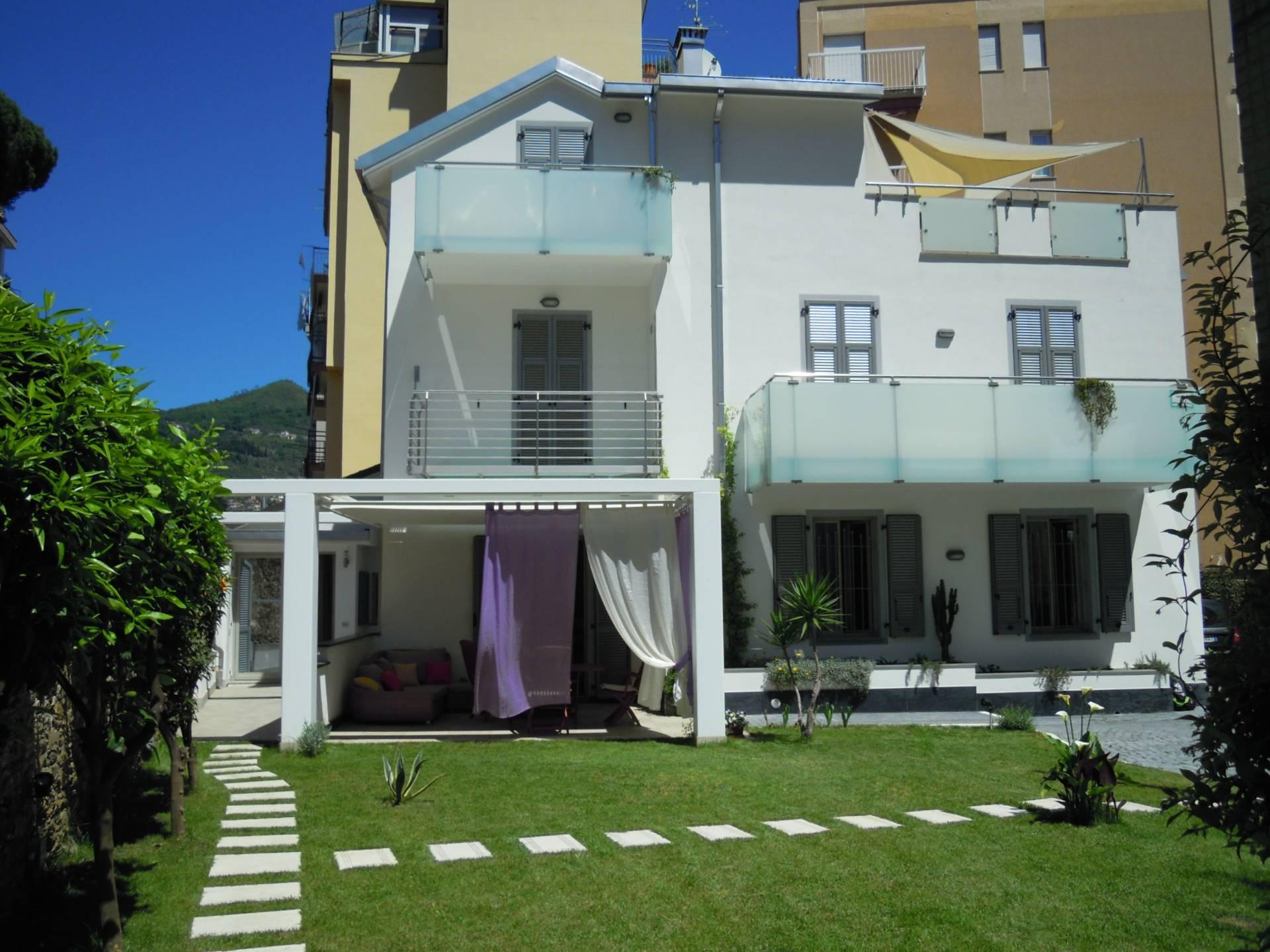 Appartamento in affitto a Alassio, 3 locali, prezzo € 1.200 | PortaleAgenzieImmobiliari.it