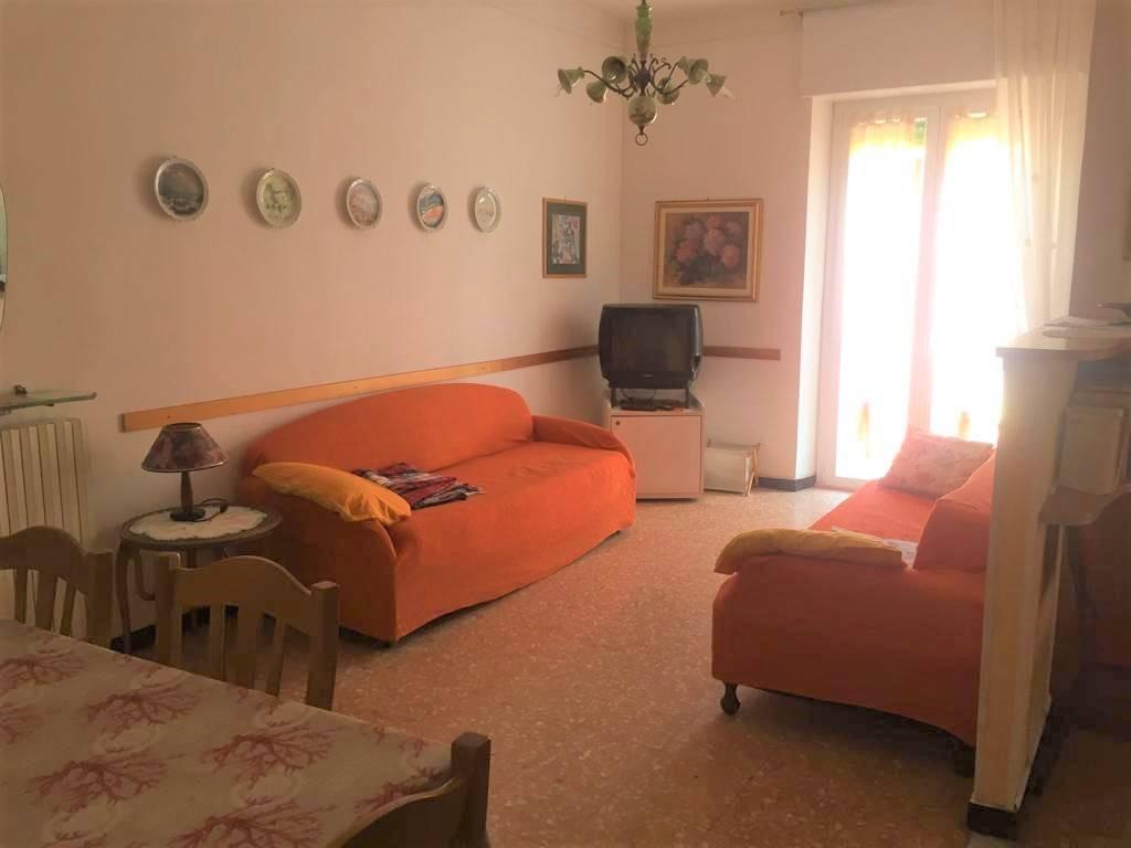 Appartamento in affitto a Alassio, 4 locali, Trattative riservate | PortaleAgenzieImmobiliari.it