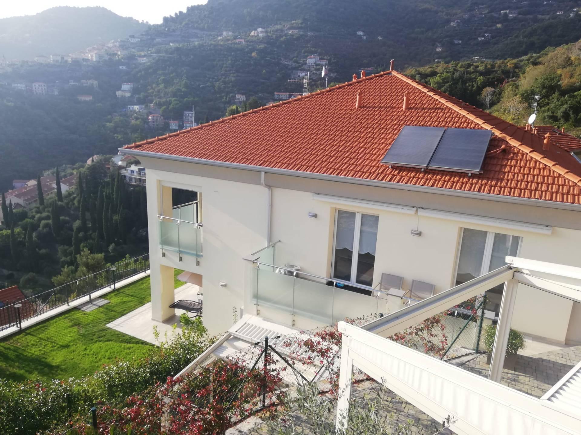 Soluzione Indipendente in affitto a Alassio, 3 locali, Trattative riservate | CambioCasa.it