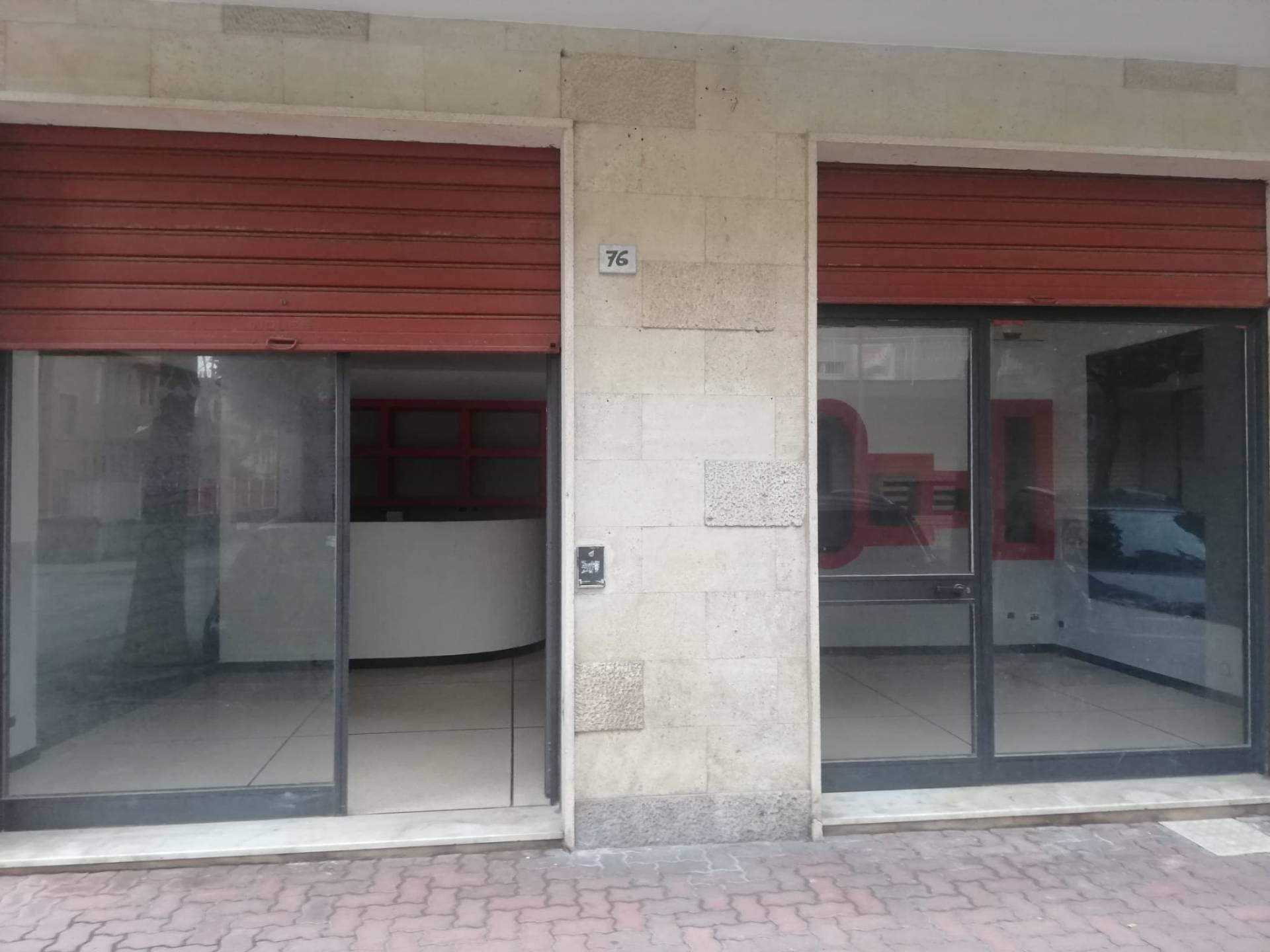 Negozio / Locale in affitto a Albenga, 9999 locali, prezzo € 500   CambioCasa.it