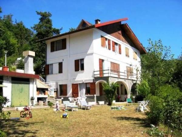 Villa in vendita a Pontinvrea, 9 locali, zona Zona: Giovo, prezzo € 290.000 | Cambio Casa.it