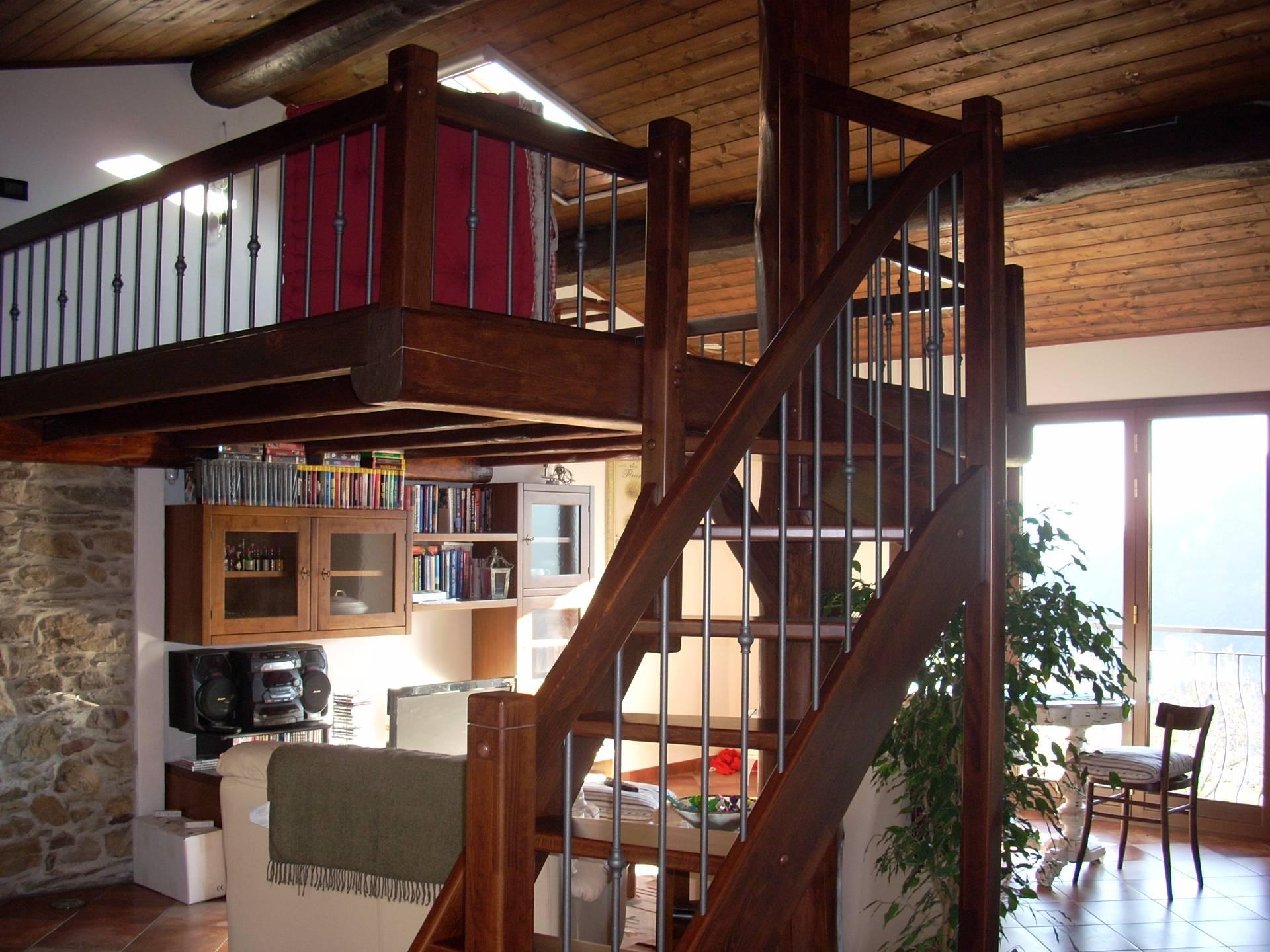 Soluzione Indipendente in vendita a Alto, 6 locali, prezzo € 250.000   Cambio Casa.it