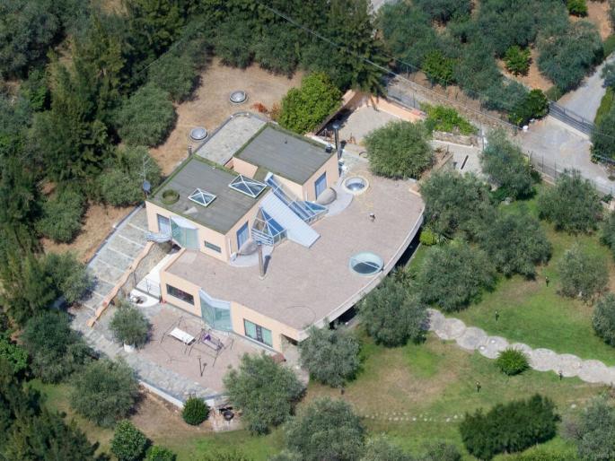 Villa in vendita a Albenga, 15 locali, Trattative riservate | Cambio Casa.it