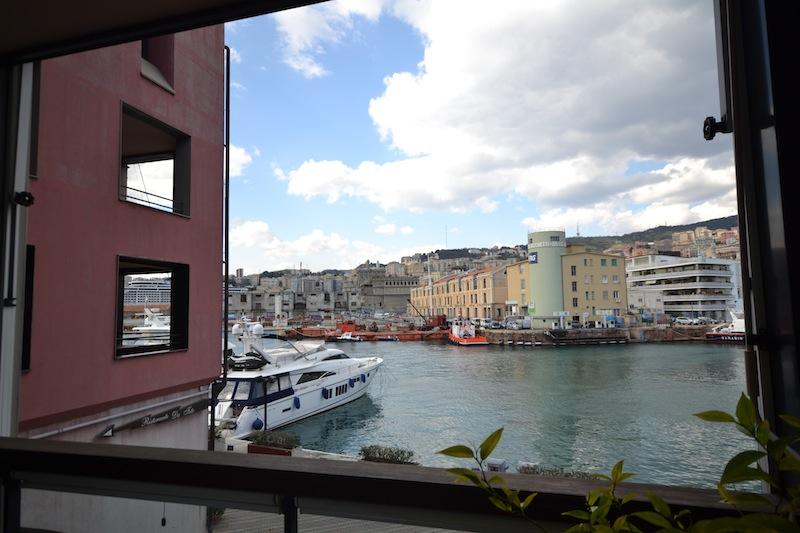 Bilocale Genova Molo Ponte Francesco Morosini 2