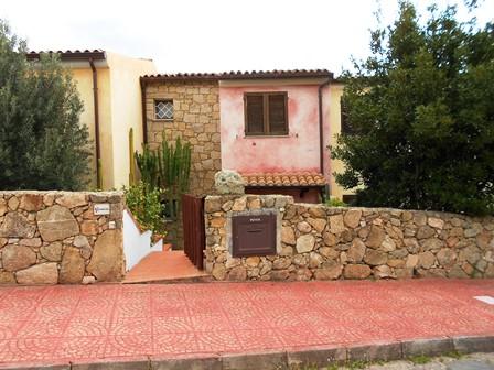 Villa a Schiera in vendita a Arzachena - Porto Cervo, 5 locali, zona Zona: Cannigione, prezzo € 230.000 | Cambio Casa.it