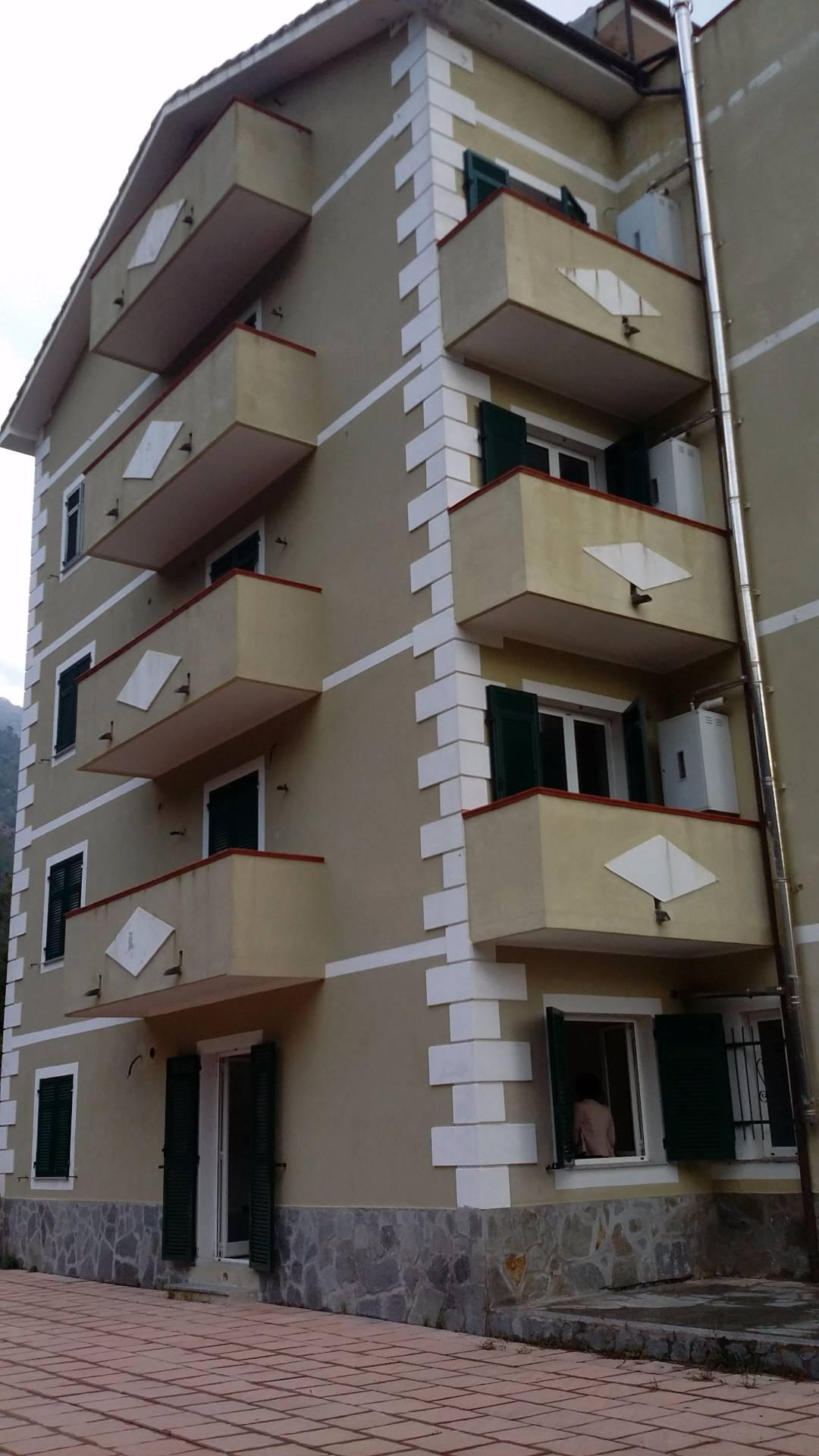 Bilocale Arenzano Via Val Lerone 9