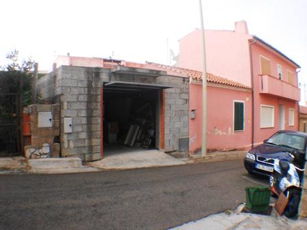 Appartamento in vendita a Palau, 5 locali, prezzo € 90.000   Cambio Casa.it