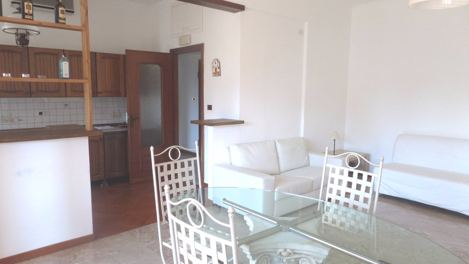 Appartamento in affitto a Arenzano, 2 locali, prezzo € 600   Cambio Casa.it