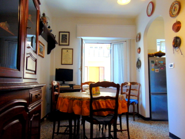 Bilocale Borgio Verezzi Piazza Marconi 3