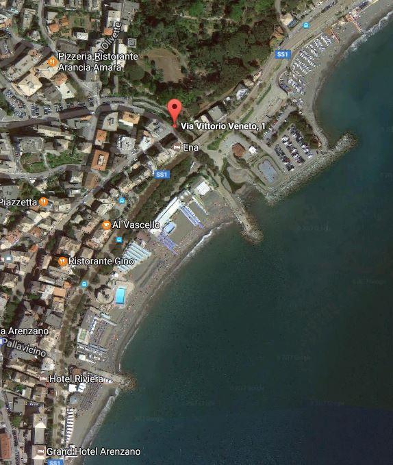 Negozio / Locale in affitto a Arenzano, 9999 locali, zona Località: Lungomare, prezzo € 600 | Cambio Casa.it