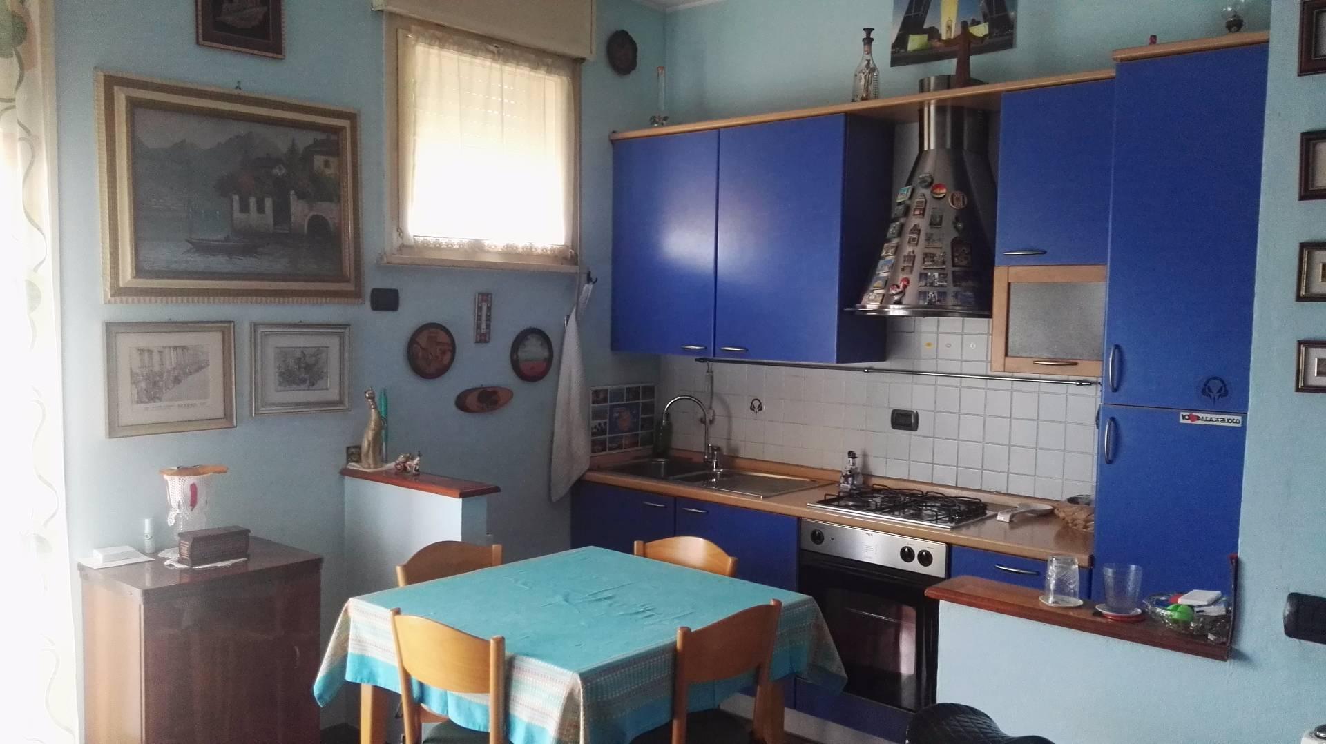 Bilocale vendita ravenna vicolo dei francesi for Planimetrie di cottage francesi