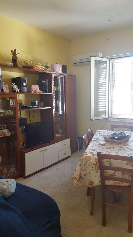 Appartamento in vendita a Brusciano, 2 locali, prezzo € 55.000 | CambioCasa.it