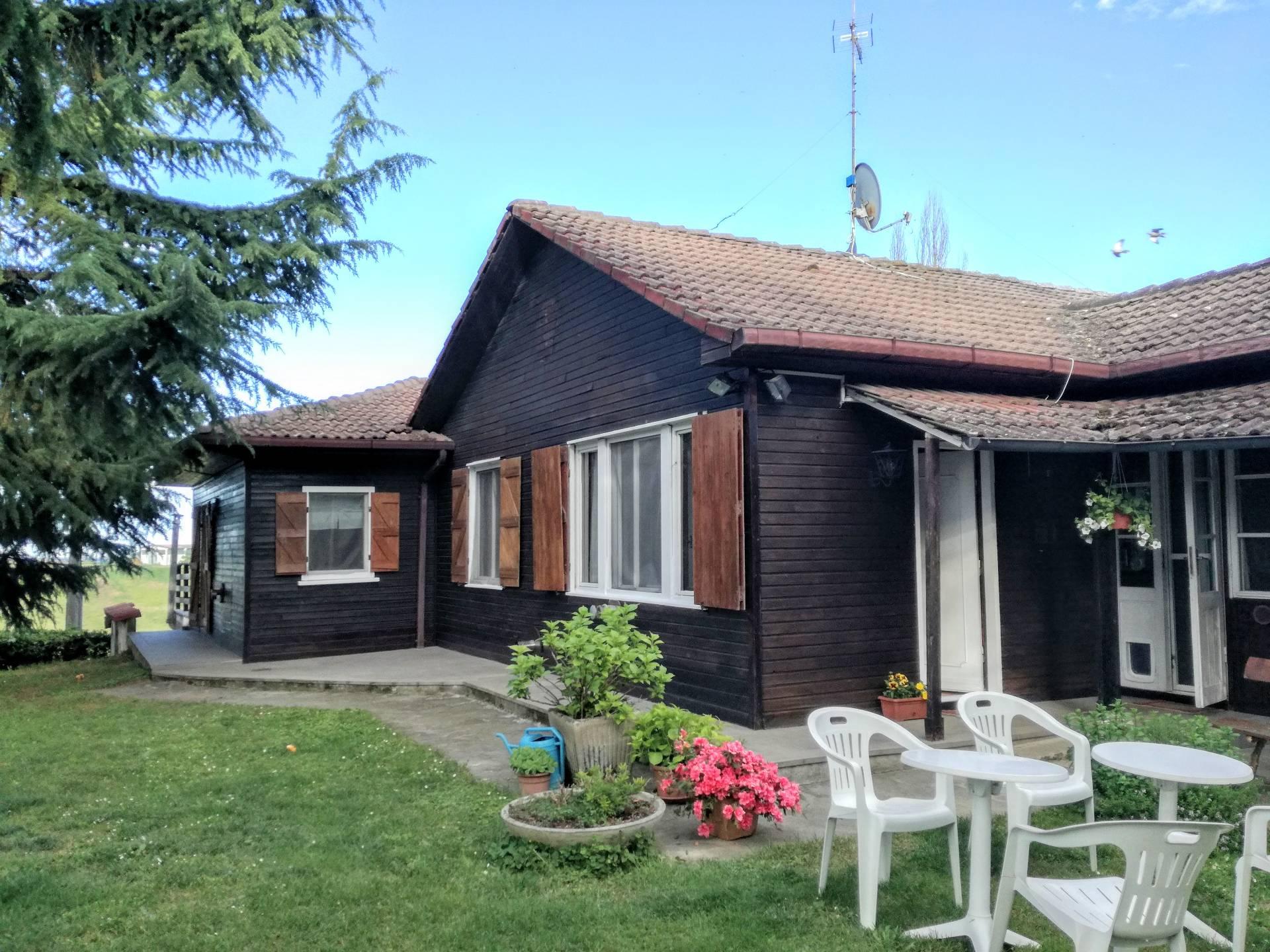Soluzione Indipendente in vendita a Rosignano Monferrato, 5 locali, prezzo € 230.000   CambioCasa.it