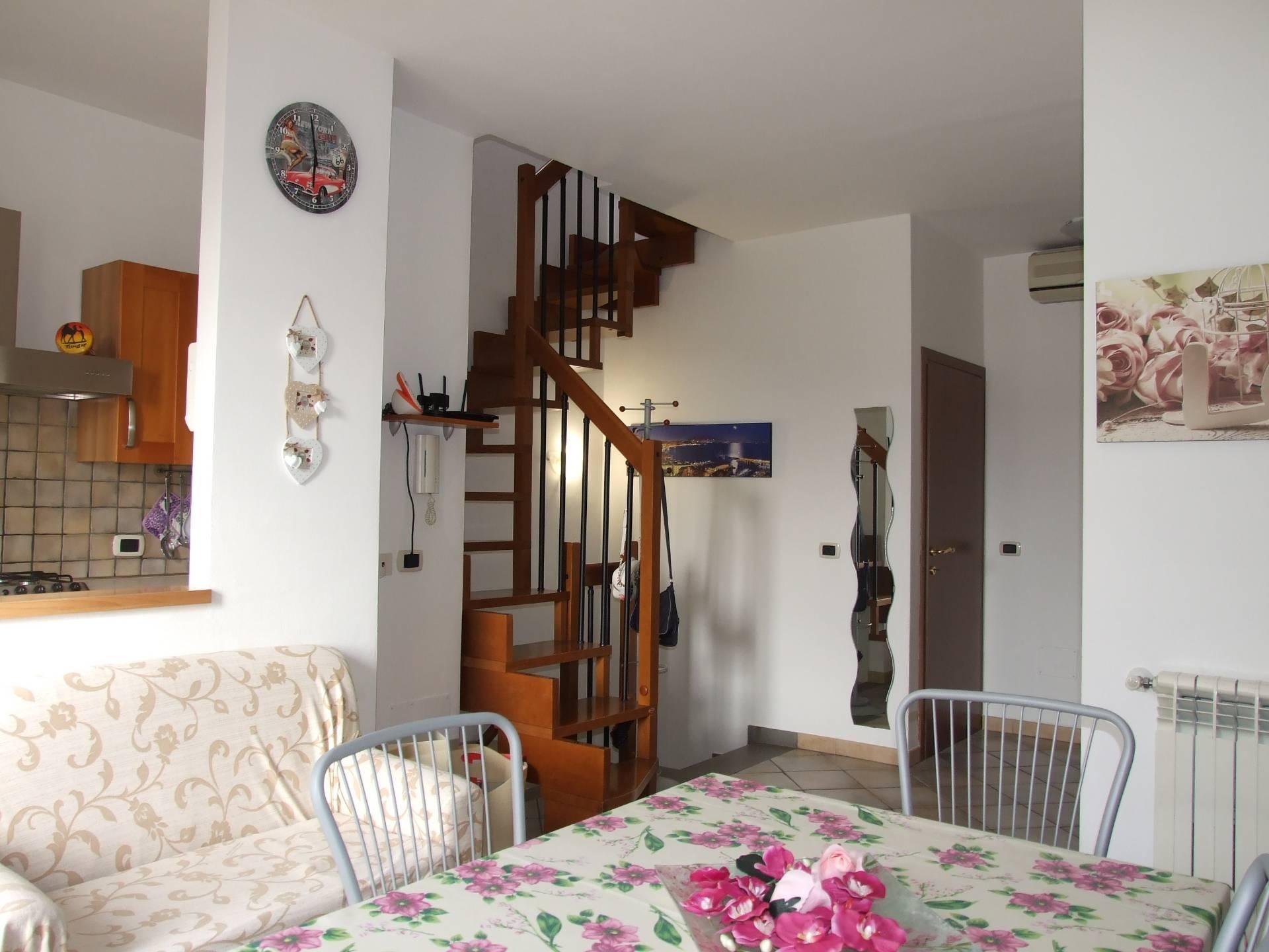 vendita appartamento campi bisenzio santa maria  230000 euro  4 locali  95 mq