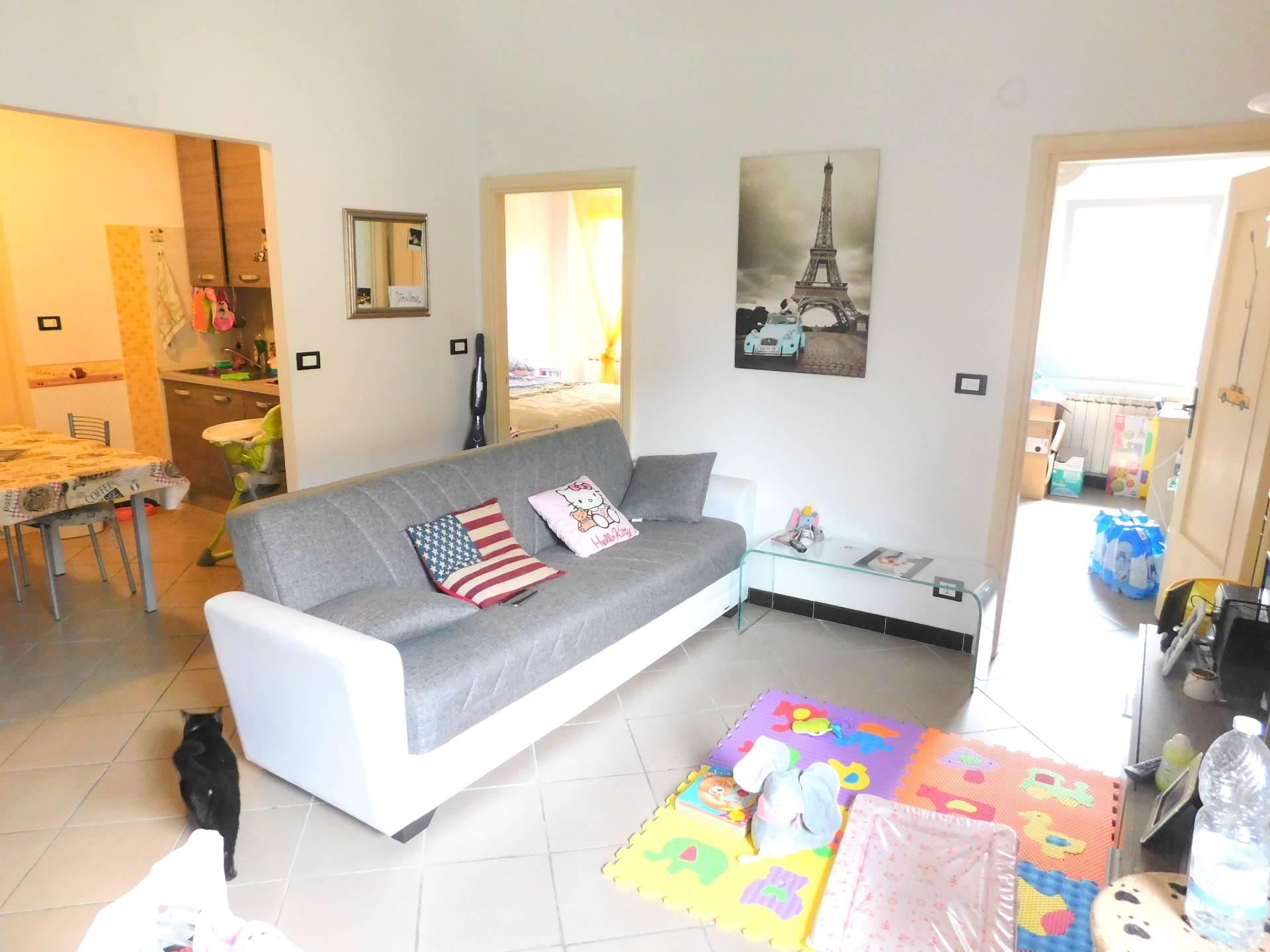vendita appartamento genova bolzaneto  40000 euro  5 locali  50 mq