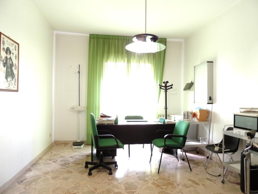 Appartamento in affitto a Gravina di Catania, 4 locali, zona Località: Centro, prezzo € 130.000   Cambio Casa.it