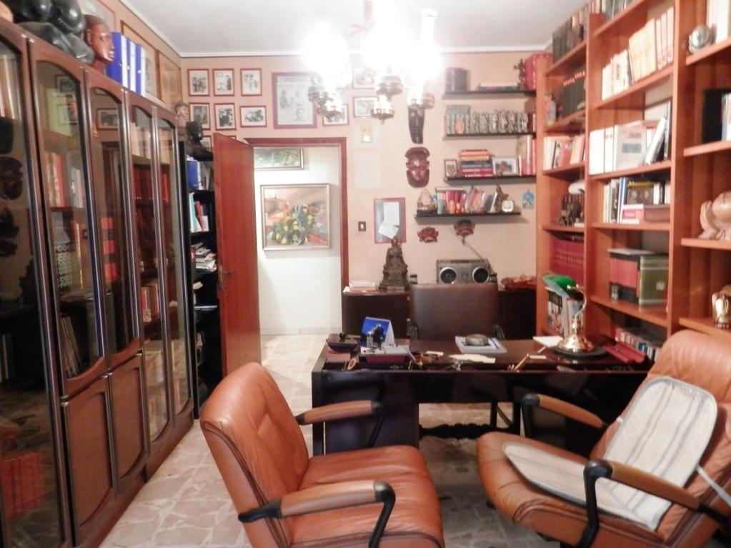 Appartamento in vendita a Mascalucia, 6 locali, zona Località: zonaCentro(C.sosanVito..., prezzo € 188.000 | CambioCasa.it