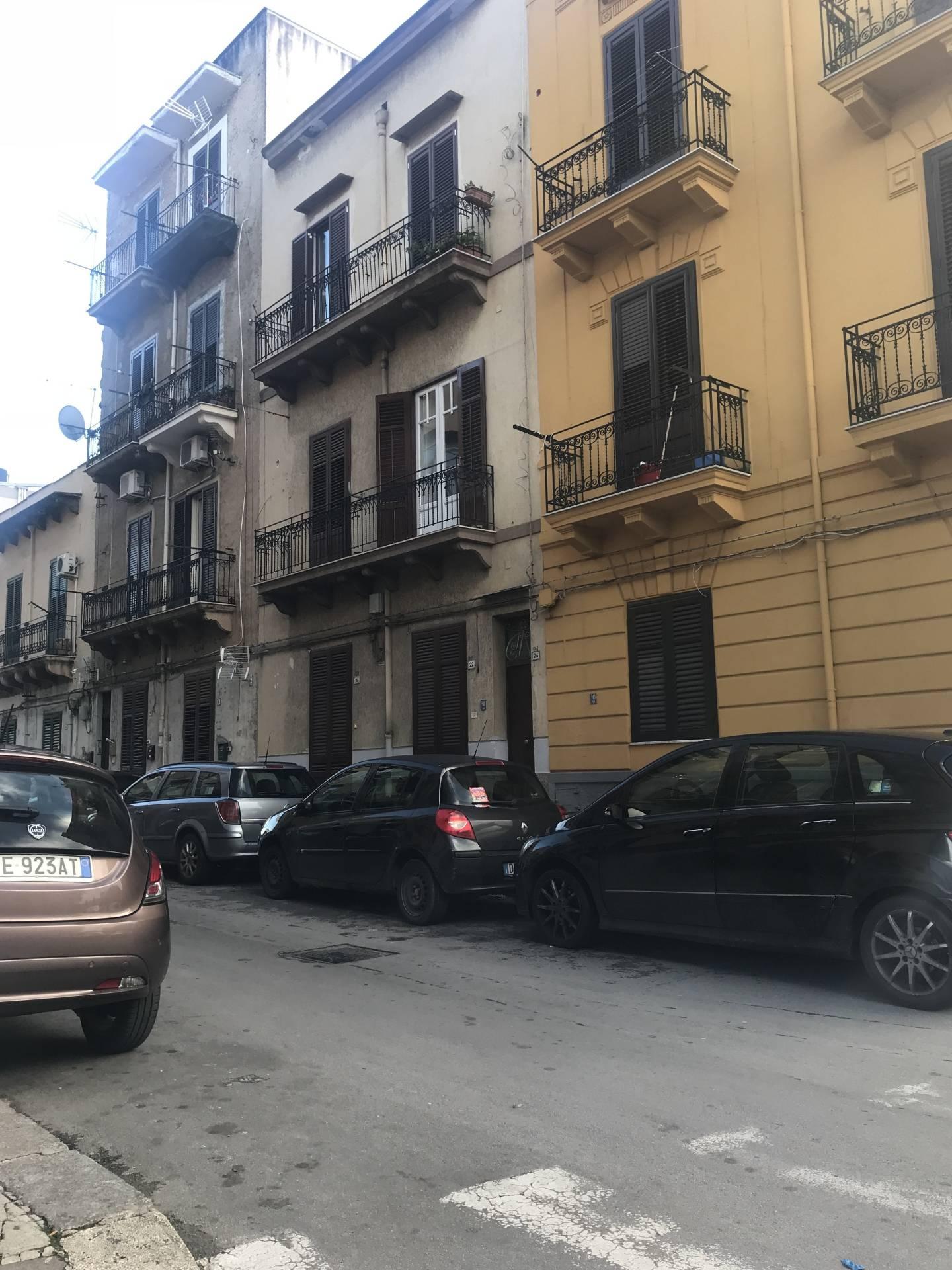 vendita appartamento palermo università  50000 euro  3 locali  60 mq