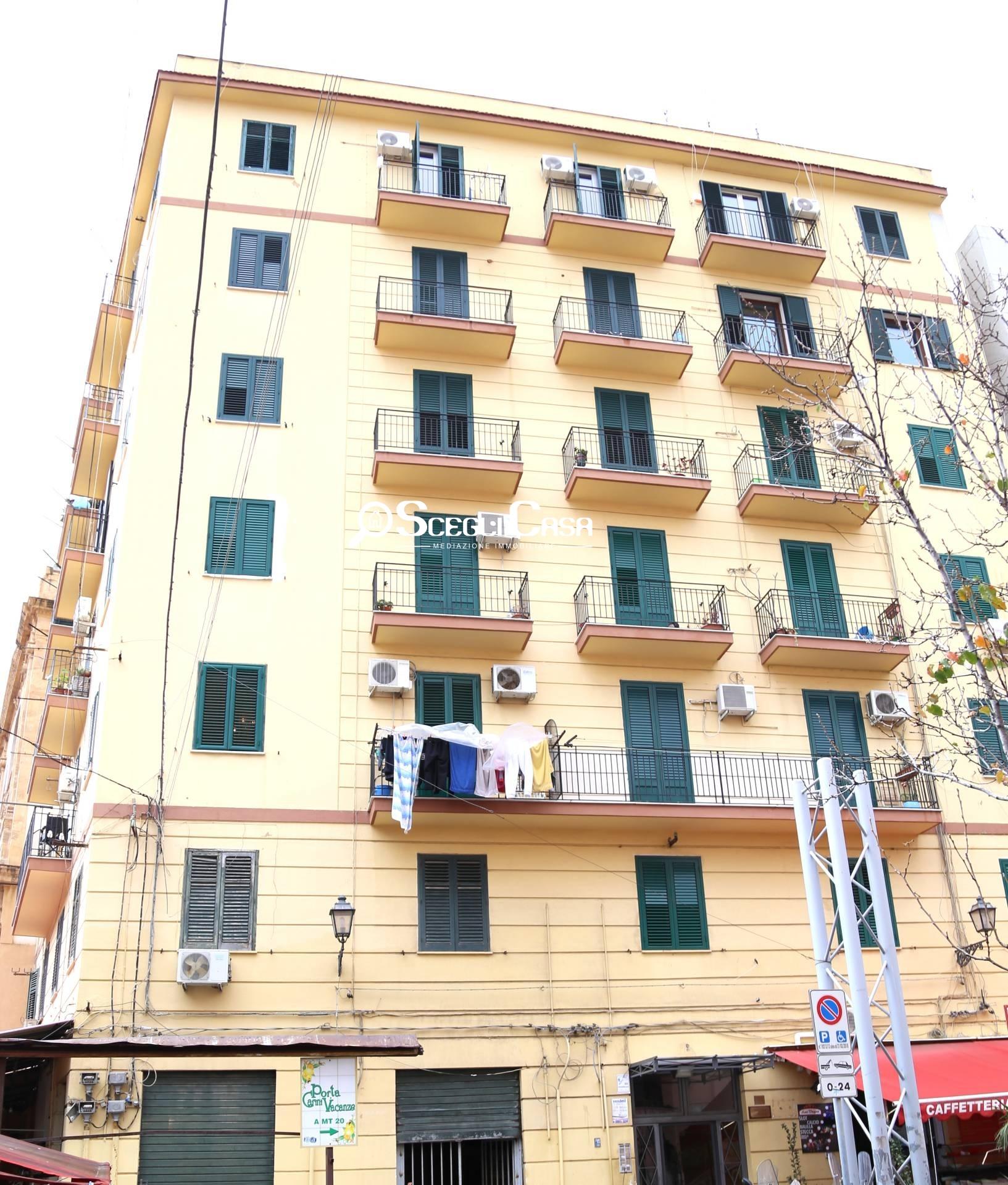 APPARTAMENTO in Vendita a Centro storico, Palermo (PALERMO)