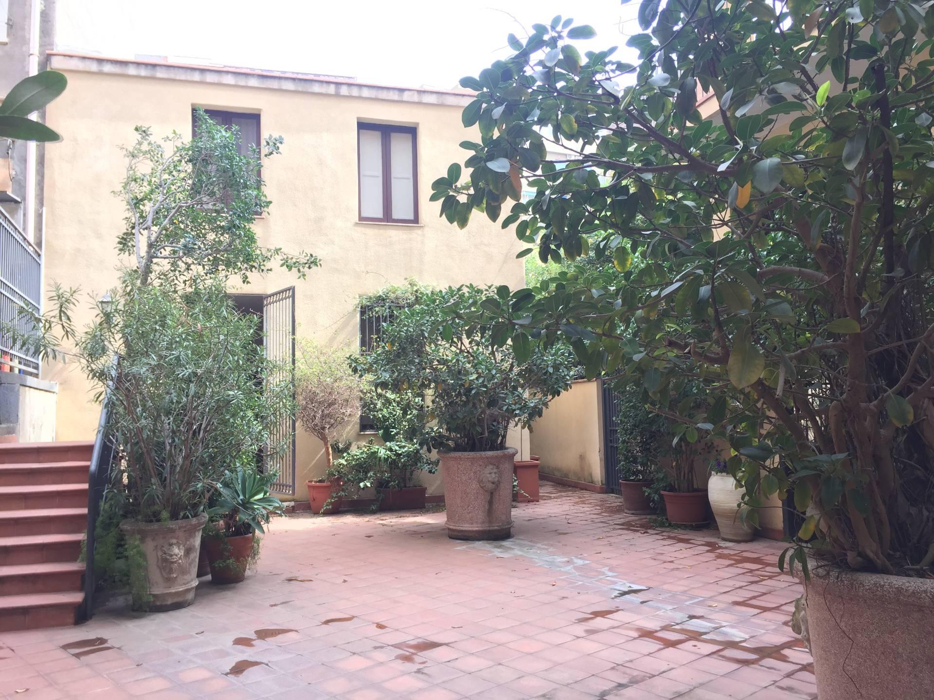 catania affitto quart: viale xx settembre - piazza roma studio-catania-centro-sas-di-corallo-gaetana-&-c