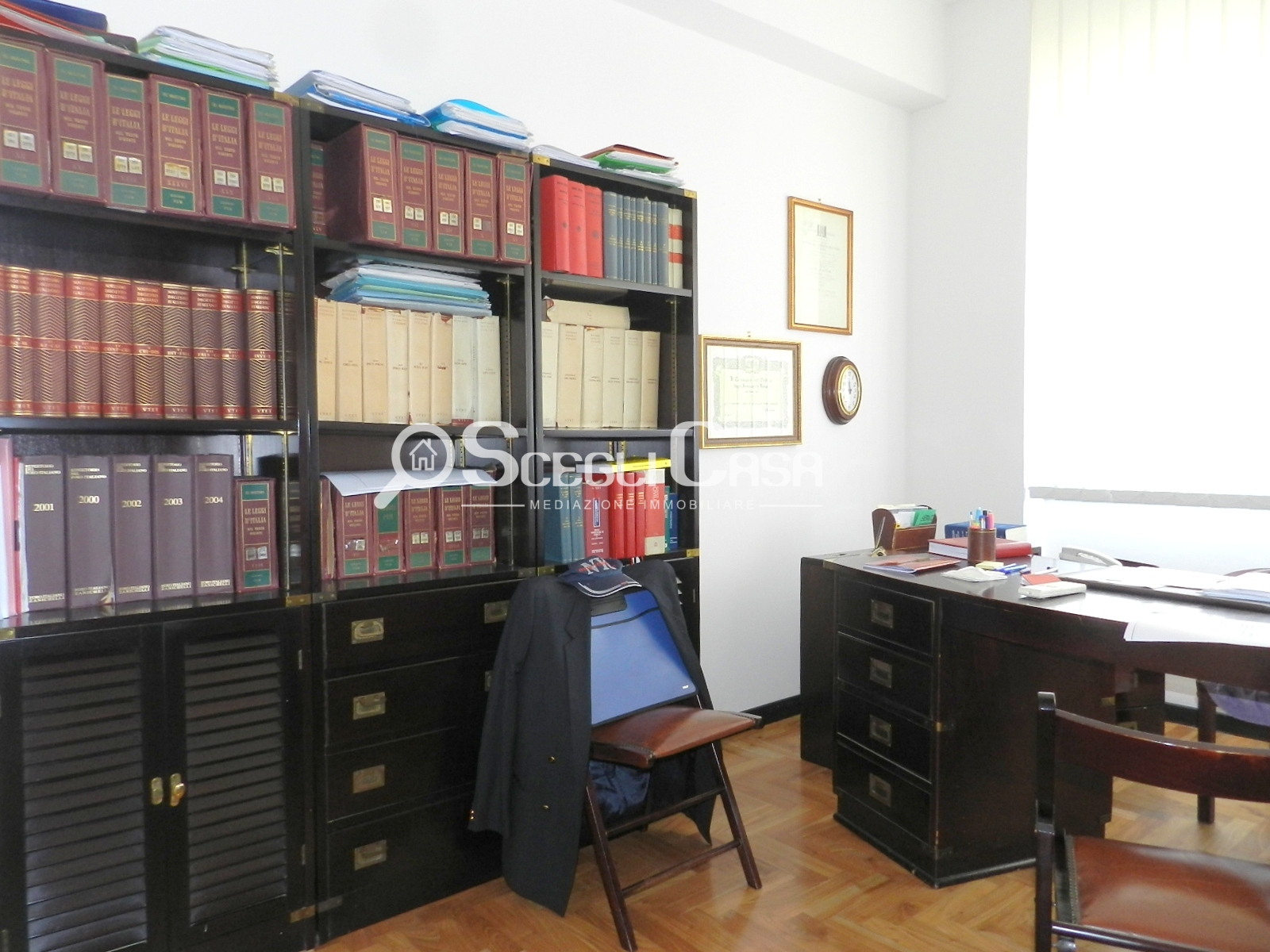 vendita ufficio roma colli albani  550000 euro  153 mq