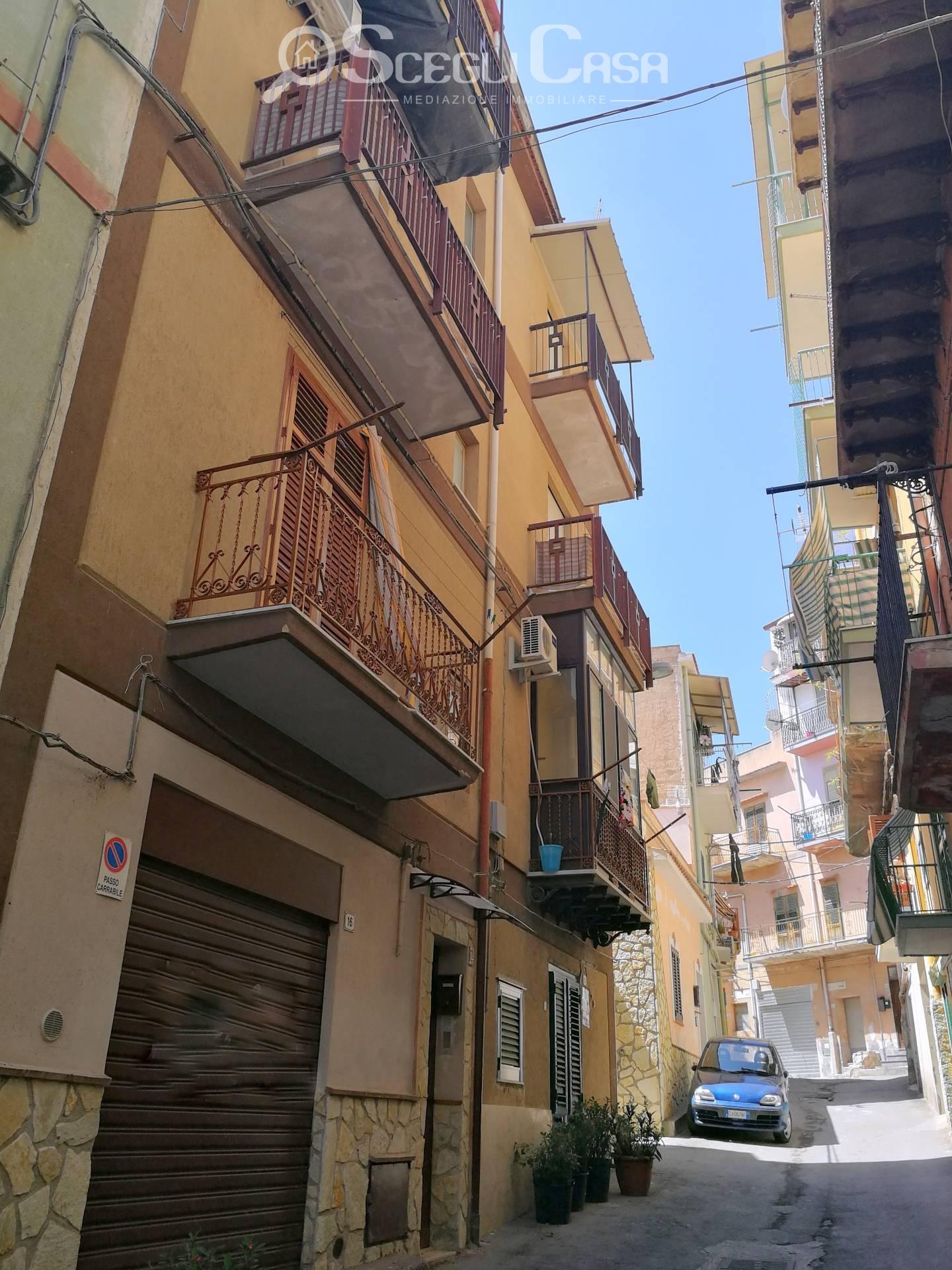 vendita appartamento palermo baida  50000 euro  3 locali  66 mq