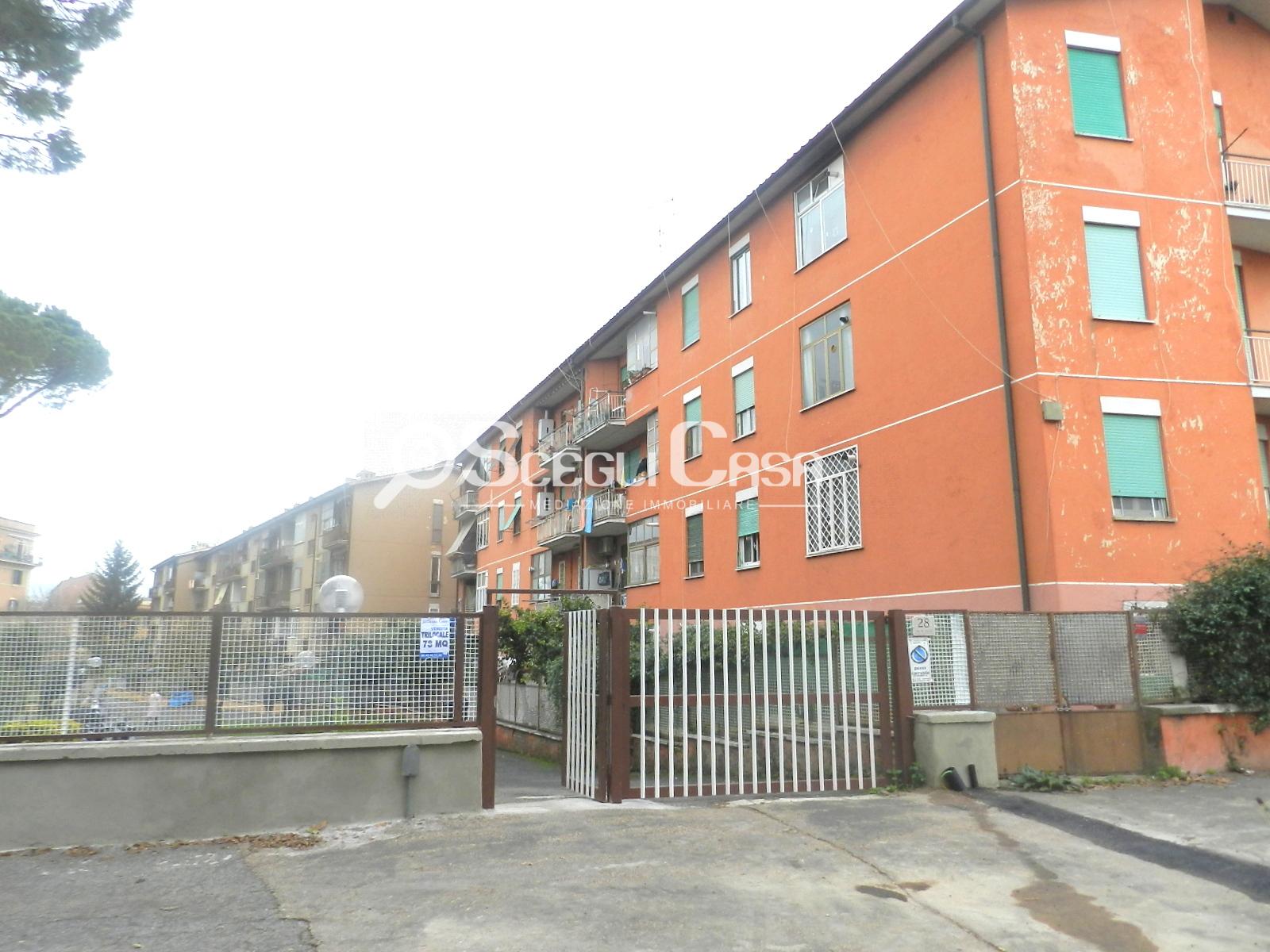 vendita appartamento roma tuscolano  159000 euro  5 locali  78 mq